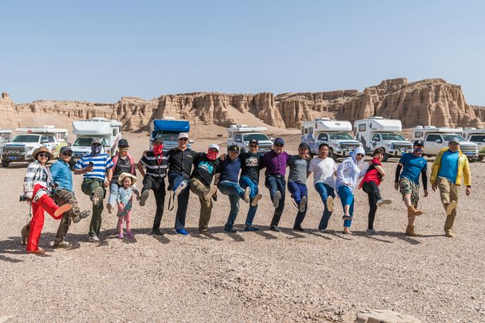 2018内蒙古阿拉善——旅美速腾房车英雄大会